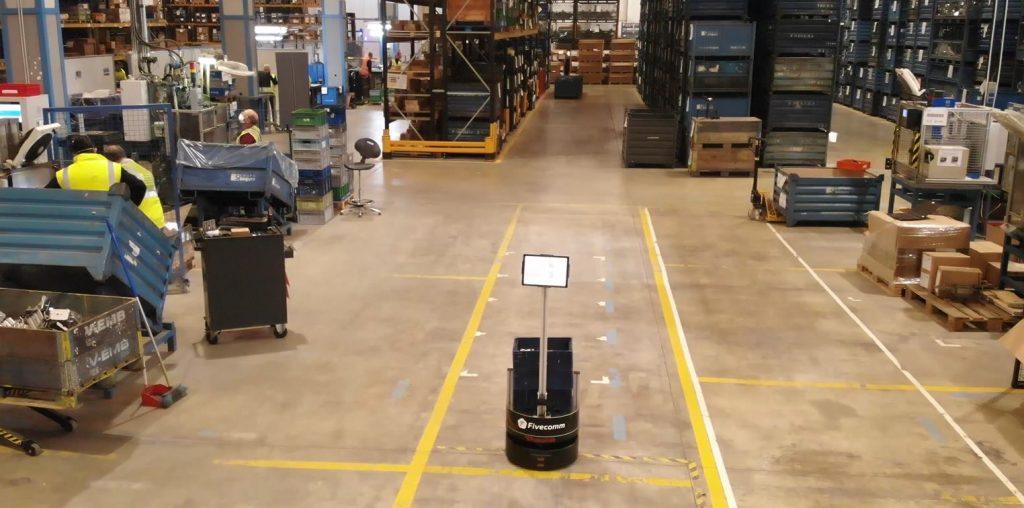 Fivecomm 5G robot